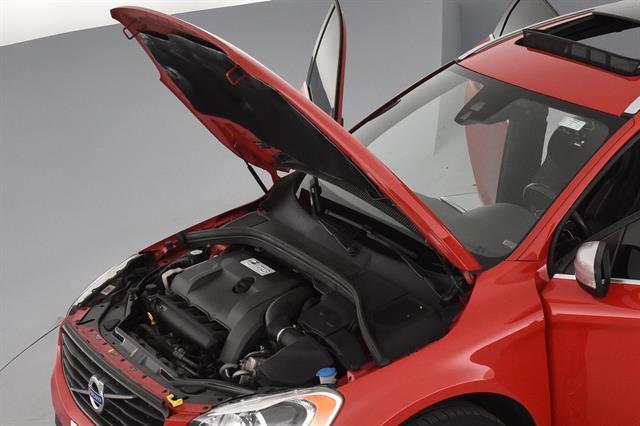 2015 Volvo XC60 T6 R-Design Sport Utility 4D (2015 5) for Sale